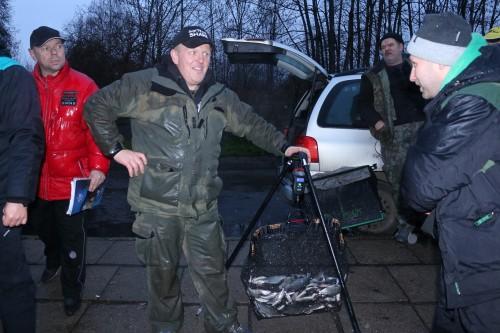 Darek Migdalski wygrał sektor A łowiąc zarówno ukleje jak i krąpie