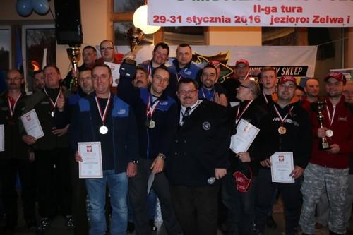 Szczęśliwi Mistrzowie Polski 2016 w wędkarstwie podlodowym Szczęśliwi Mistrzowie Polski 2016 w wędkarstwie podlodowym